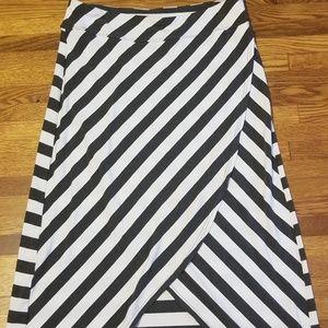 Athleta long skirt (M)